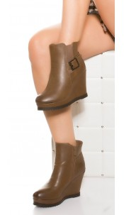 Trendy wedge heel ankle boots with buckle Chocolate